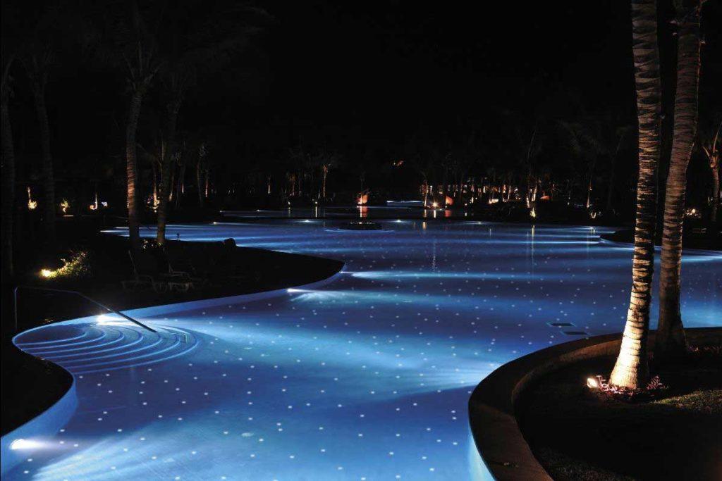 Mosaic perquè l'aigua brilli a la foscor